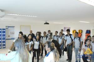 Alunos do Lyceu Paraibano visitam as Faculdades Nova Esperança
