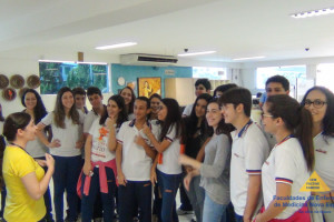 Alunos do Colégio Evolução visitam as Faculdades Nova Esperança