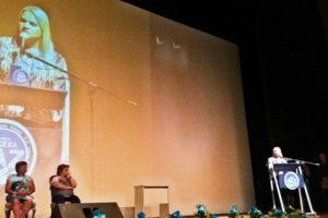 Faculdades Nova Esperança recebem prêmio de embaixador da ONU pela paz.